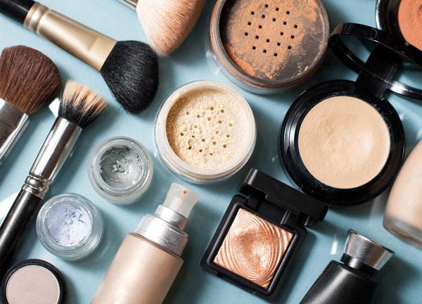 Se vende empresa importadora de cosméticos