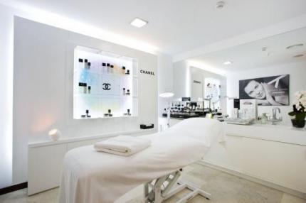 Anuncios de inmuebles traspasos locales alquileres de salones de peluqueria beautymarket - Decoracion centro estetica ...