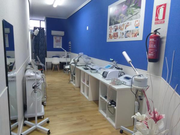 Alquiler De Cabina De Estetica En Las Palmas : Anuncios de inmuebles traspasos locales alquileres de salones