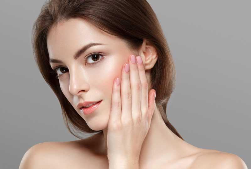 BM Glycolic Plus para regeneración celular y protección de la piel del Grupo Baldán