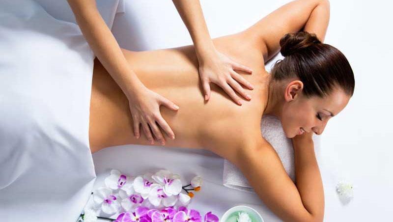 Máximo bienestar físico y emocional: masaje lomi lomi