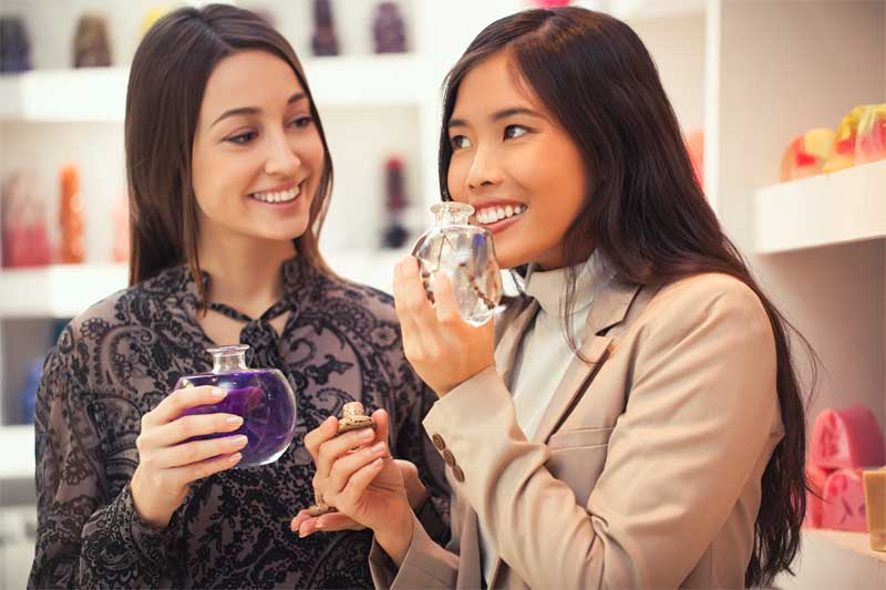 La industria cosmética prevé ventas de más de 300.000 perfumes en la campaña de San Valentín