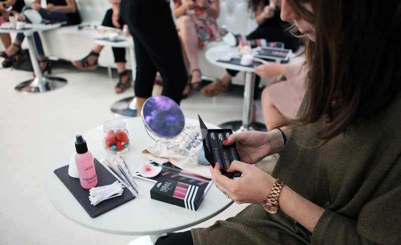 Ten Image muestra los nuevos lipstick en su Velvet Experience