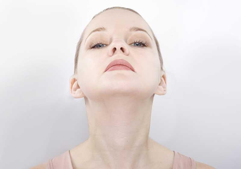 El yoga facial y sus posibilidades a la hora de rejuvenecer el rostro