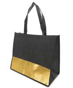 Apresentamos-te todas as novidades da nova edição Beauty Bag, a mala solidária de beautymarket.es