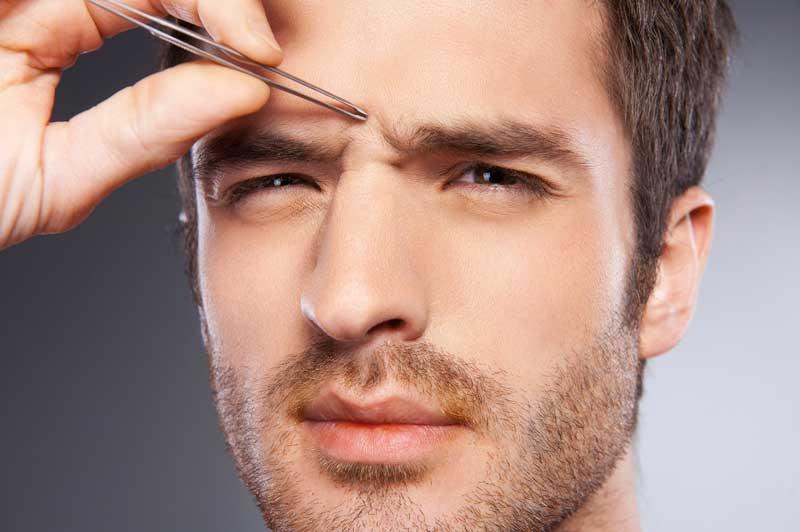 El diseño de cejas en el hombre, un mercado en aumento