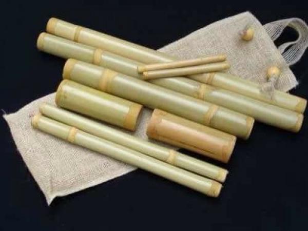 utensilios para bambuterapia o masaje con cañas de bambú