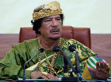 Gadafi se rejuveneci� el rostro en un b�nker subterr�neo.