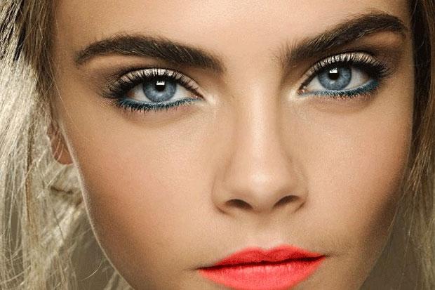 La ceja marcada es la principal tendencia de belleza.