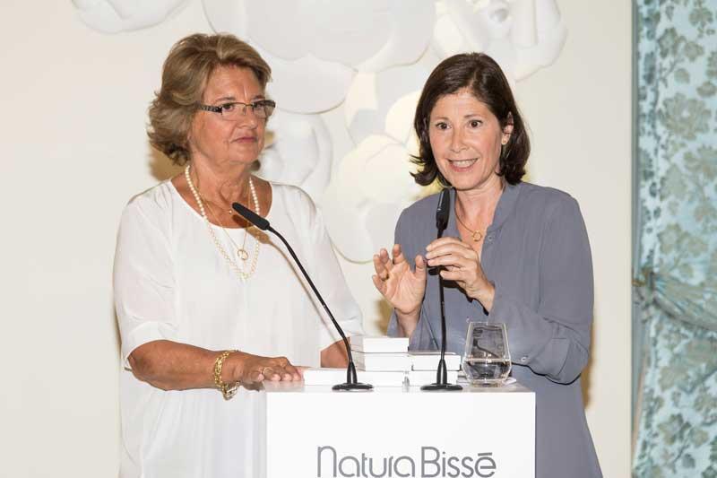 Judith Mata y Gloria Vergés, directora y presidenta de la FundaciónRicardo Fisas-Natura Bissé.