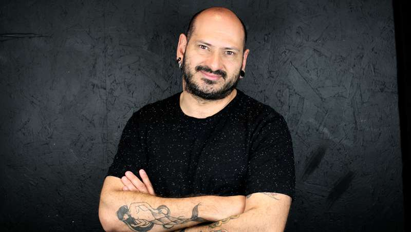 Luciano Ca�ete: 'El peluquero lo es las 24 horas del d�a'