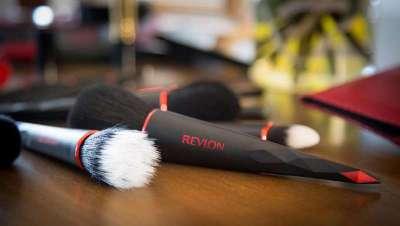 Revlon se hace con Elizabeth Arden por valor de 870 millones de d�lares