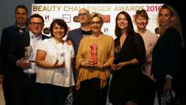 La primera edición del Alternative Fragrance & Beauty tuvo lugar entre los días 16 y 18 de junio en París. Reunieron 130 marcas y organizaron numerosas actividades sensoriales y concursos, como el Beauty Challenger