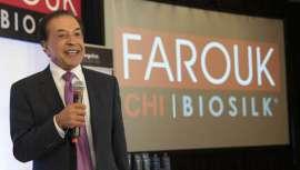 Con motivo del 30 aniversario, Farouk Shami, fundador y presidente de Farouk Systems, dio la bienvenida a los distribuidores y representantes de la firma en los Estados Unidos y otros países. El encuentro tuvo lugar en Houston recientemente