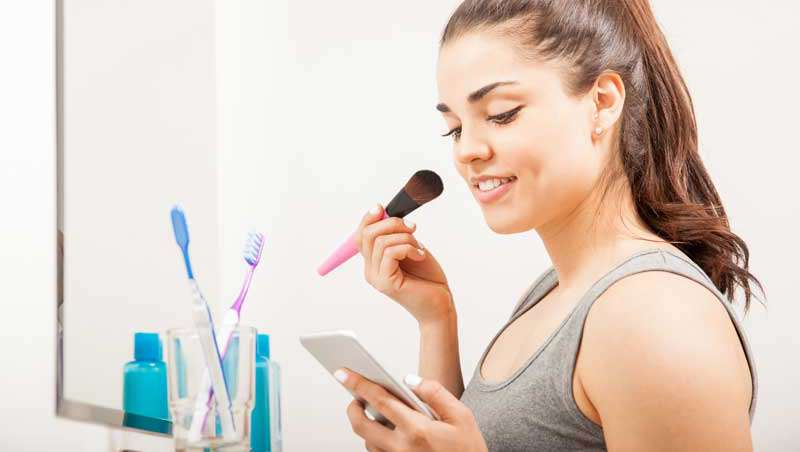 Dos de cada tres consultas de belleza se hacen a través de móvil