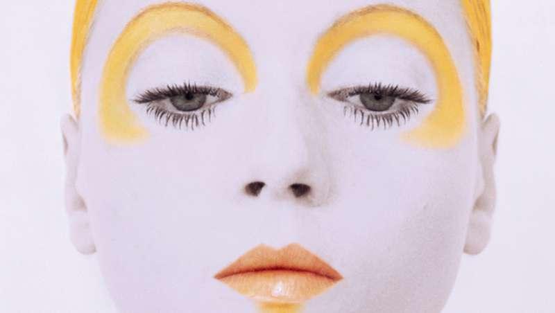 Dior publica un libro para celebrar el 50 aniversario de su l�nea de maquillaje