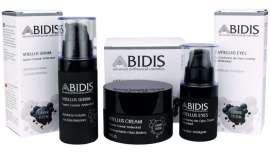 Es un tratamiento que contiene vitellus de caviar, retinol y ácido hialurónico, proporcionando un completo cuidado facial