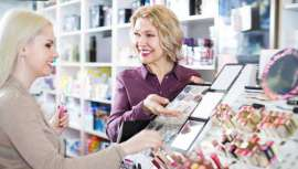 Según la Asociación Europea de Cosméticos, el mercado griego de cosmética y perfumería facturó el año pasado 804 millones de euros