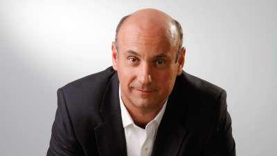 Enrique Teixidó, designado como nuevo director general de L'Oréal Chile