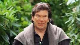 Ha publicado numerosos artículos profesionales e intervenido en infinidad de eventos, siendo un destacado impulsor de la industria de los cosméticos