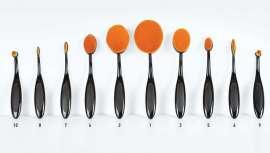 Bifull lanza estas brochas cuyo diseño ovalado es idóneo para la aplicación de todo tipo de productos de maquillaje