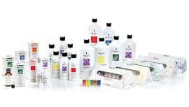 La firma presenta seis líneas de productos específicos, para profesionales, para hacer frente a los problemas estéticos que afectan a cuero cabelludo y cabello