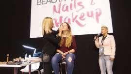 Maquillaje facial, lo último en nail art, nude makeup... son algunas de las referencias en uñas y makeup que hemos visto en esta área de Cosmobeauty