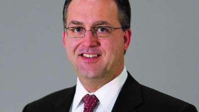 Eric Bakken, nuevo presidente de franquicia de Regis Corporation