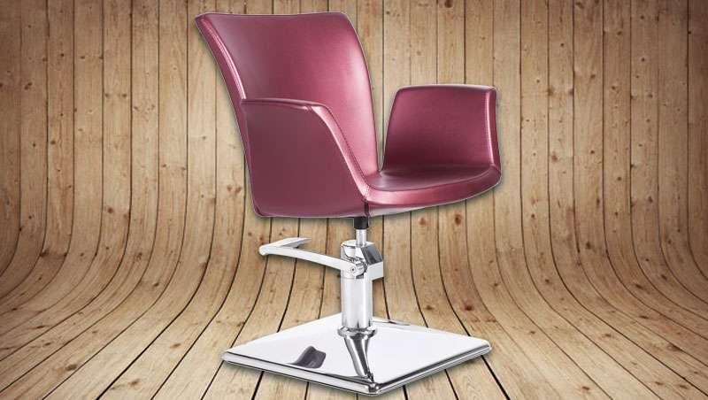 Alba, el sillón elegante y atemporal pensado para los salones más exclusivos
