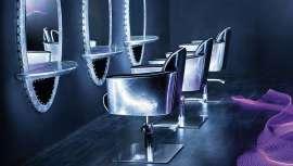 El lavacabezas Libra complementa la familia Alumen de la serie de mobiliario Business Concept de Italor