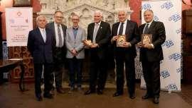 Los profesores Pier A. Bacci, Maurizio Ceccarelli y Julio A. Ferreira fueron premiados en Sitges por su excelente trayectoria profesional