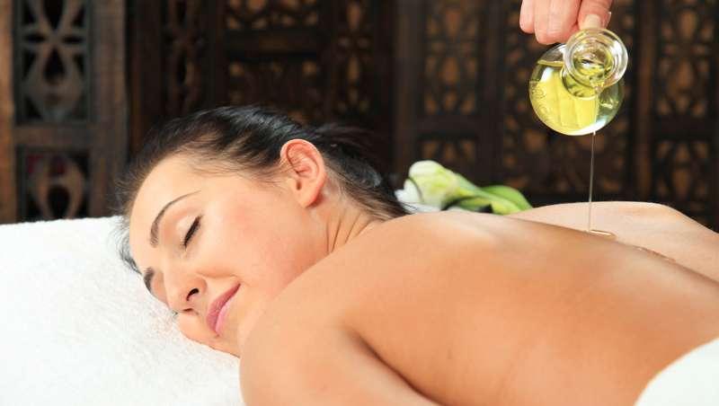 Aceite de camelia, principio básico en cosmética