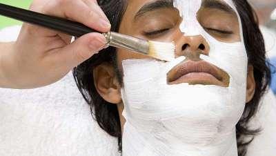 La cosmética y los tratamientos estéticos crecen entre los hombres millennials