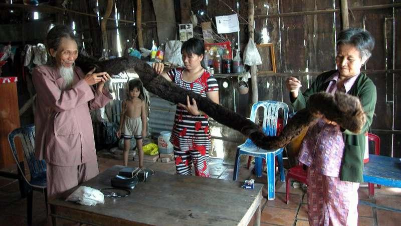 Érase una vez un vietnamita que no se cortó el pelo durante 50 años