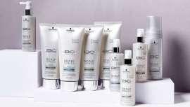 El primer sistema detox completo para el cuero cabelludo y un cabello más que bonito. Servicio exclusivo en tu salón