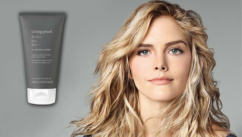 In-Shower Styler by Living Proof y seca tu cabello al aire