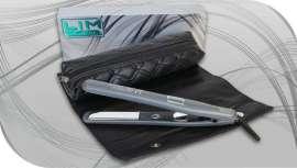 El fabricante nacional, especializado en aparatología profesional, ha desarrollado una nueva plancha basada en las placas Mirror Titanium, quizás las que poseen mejor deslizamiento del mercado