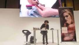 El escenario del pabellón 5 se convierte en lugar de encuentro de las últimas tendencias en maquillaje y nail art