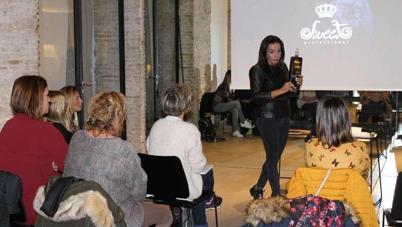 Sweet Professional se gana a los profesionales de la peluquería en el Studio Beauty Market