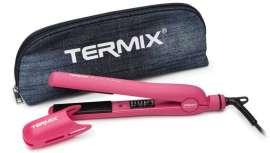 Termix ha creado la plancha de efecto terciopelo más innovadora en el color favorito de las consumidoras: el rosa. Una herramienta de calidad profesional que aporta brillo a todo tipo de cabello