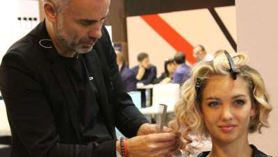 El peluquero y coach Óscar G impartirá talleres y cursos durante el año 2018