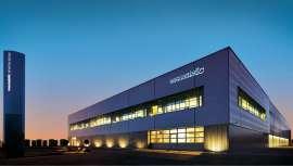 La revista alemana destaca la excelente calidad de sus productos y tratamientos, las formaciones profesionales de referencia y el servicio al cliente que ha sentado nuevos estándares de calidad
