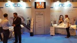 Empresa de reconocida solvencia y prestigio en los tratamientos de antiaging, presoterapia y ozonoterapia, Cincos anuncia su presencia una vez más en la feria profesional Cosmobeauty Barcelona