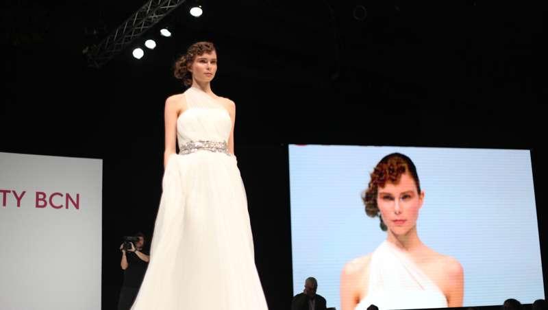 Ziortza Zarauza y Alexander Kiryliuk enamoran al público de las Masterclass en Cosmobeauty