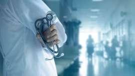 Sanidad ha hecho pública la lista de los admitidos al MIR. En total, 14.450, que suponen 1.206 candidatos más que en 2017. Entra las especialidades más destacadas están la Cirugía Plástica y Reparadora y la Dermatología