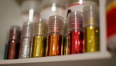 El glitterage y otras tendencias en color que arrasarán este año