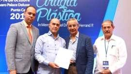 Los cirujanos plásticos miembros de Sodocipre y Amcper se alían en favor del ejercicio de la profesión, su máxima rigurosidad y seguridad para los pacientes, en dos países en los que esta especialidad es muy recurrida, República Dominicana y México