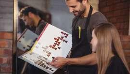 Haciendo hincapié en la idea de la precisa formación que se adecúe a las necesidades reales del siglo XXI, Gonzalo Zarauza, asesor de imagen y experto formador y profesional peluquero, nos da las claves de la Asesoría de Belleza para triunfar