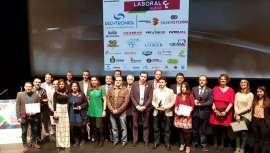 La Asociación de Iniciativas Empresariales ha concedido a Sapphire, empresa de fabricación y venta de láseres de diodo para depilación y aparatología médico estética, el premio Mejor Empresa Consolidad de Valladolid, en reconocimiento a su labor