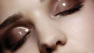 Glossy eyes ou párpados brilhantes, nova tendência em maquilhagem